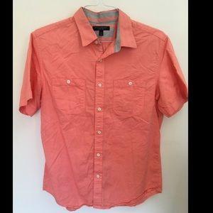 Banana Republic Men's Coral shirt Size M
